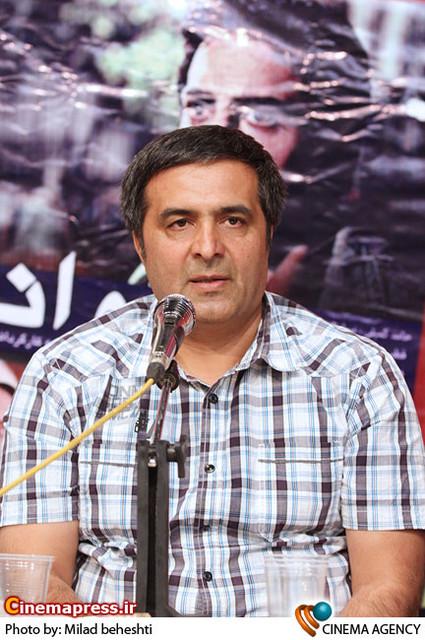 منصور سهراب پور تهیه کننده در نشست سریال «پروانه» به کارگردانی جلیل سامان در فرهنگسرای فردوس