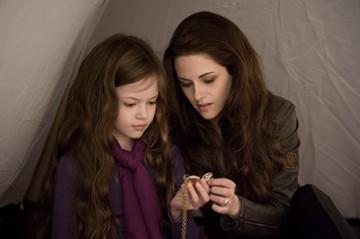 تصویر: دختری که کریستوفر نولان از میان بازیگران گرگ و میش برای فیلم تازهاش انتخاب کرد