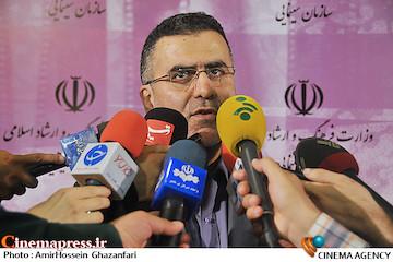 حجت الله ایوبی در جمع خبرنگاران